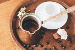 CAFÉ TURCO CON CARDAMOMO
